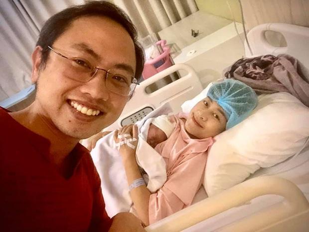 MC Phí Linh hạ sinh con đầu lòng đúng thời khắc U22 Việt Nam giành HCV SEA Games 30 - Ảnh 1.