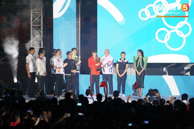 Bế mạc SEA Games 30: Việt Nam nhận cờ đăng cai Đại hội thể thao Đông Nam Á lần thứ 31 - Ảnh 11.