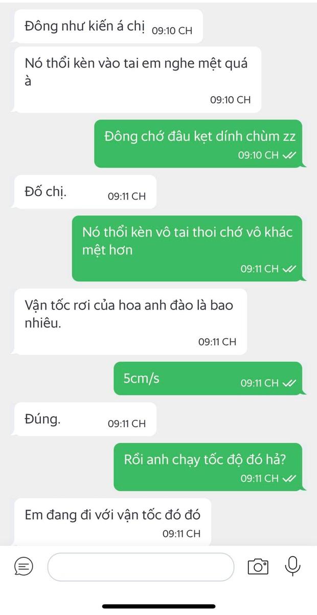 Đặt đồ ăn đúng đêm CĐV đổ ra đường ăn mừng U22 Việt Nam vô địch, cô gái gặp ngay shipper cưng muốn xỉu: Em đi bão luôn khi nào hết bão em qua nhé - Ảnh 3.