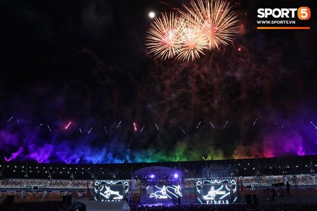 Bế mạc SEA Games 30: Việt Nam nhận cờ đăng cai Đại hội thể thao Đông Nam Á lần thứ 31 - Ảnh 3.