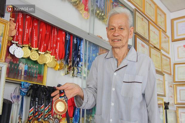 Không đạt chỉ tiêu 8 HCV SEA Games, ông bà Ánh Viên ở quê nhà nghẹn lòng: Ông nhớ nó lắm. Nghe đâu trên mạng nó bị chê nhiều... - Ảnh 5.