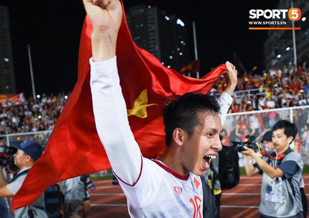 """Đội trưởng U22 Việt Nam, Đỗ Hùng Dũng: """"Tôi sẽ kể lại chiến công lịch sử này khi con trai mình lớn khôn"""" - Ảnh 3."""