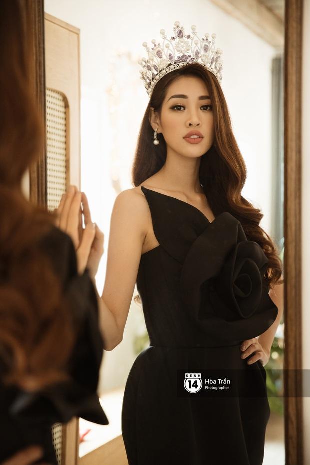 Bộ ảnh đầu tiên của Top 3 Hoa hậu Hoàn vũ sau đăng quang: Khánh Vân đẹp xuất thần, Kim Duyên và Thúy Vân sắc sảo mười phân vẹn mười - Ảnh 5.