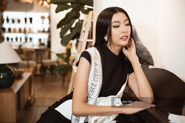 Bộ ảnh đầu tiên của Top 3 Hoa hậu Hoàn vũ sau đăng quang: Khánh Vân đẹp xuất thần, Kim Duyên và Thúy Vân sắc sảo mười phân vẹn mười - Ảnh 16.