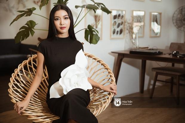 Bộ ảnh đầu tiên của Top 3 Hoa hậu Hoàn vũ sau đăng quang: Khánh Vân đẹp xuất thần, Kim Duyên và Thúy Vân sắc sảo mười phân vẹn mười - Ảnh 19.