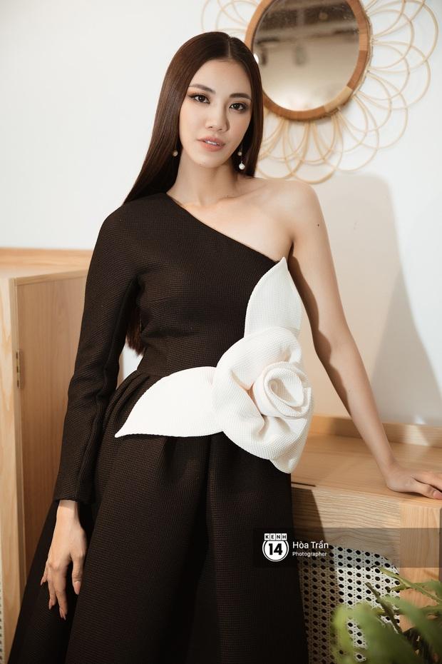 Bộ ảnh đầu tiên của Top 3 Hoa hậu Hoàn vũ sau đăng quang: Khánh Vân đẹp xuất thần, Kim Duyên và Thúy Vân sắc sảo mười phân vẹn mười - Ảnh 13.