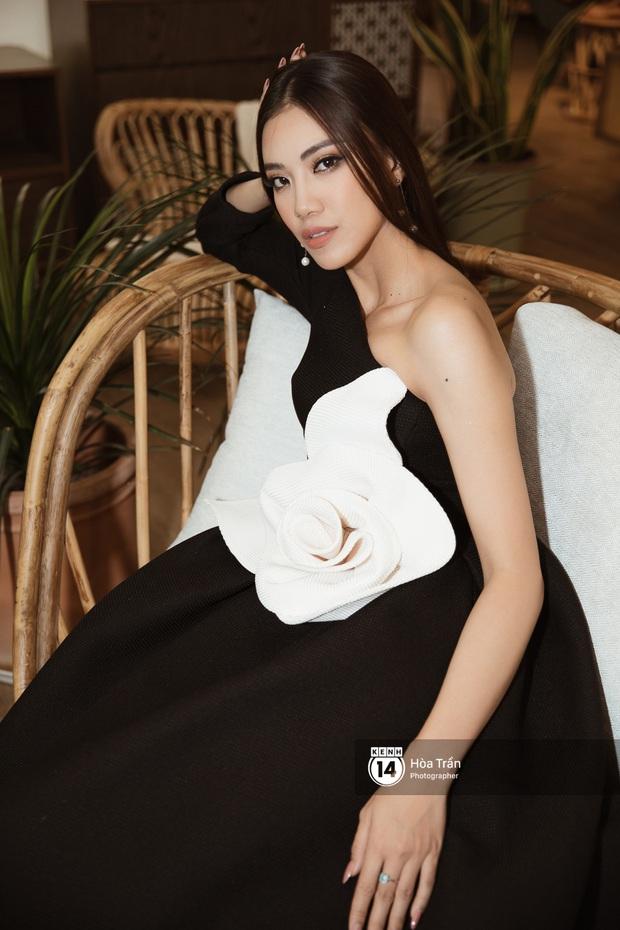 Bộ ảnh đầu tiên của Top 3 Hoa hậu Hoàn vũ sau đăng quang: Khánh Vân đẹp xuất thần, Kim Duyên và Thúy Vân sắc sảo mười phân vẹn mười - Ảnh 11.