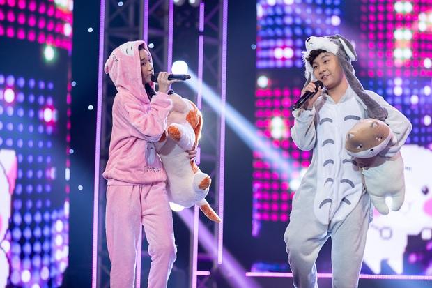 Cặp đôi vàng nhí: Long Nhật nhún nhảy không ngừng khi xem hot boy lai Hàn trình diễn hit Big Bang - Ảnh 3.