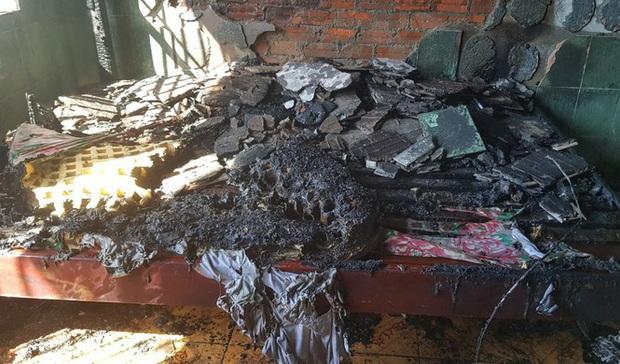 Thanh niên 17 tuổi phóng hỏa đốt nhà nghỉ vì bạn gái mất xe máy - Ảnh 2.