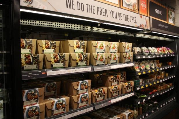 Tưởng siêu thị Vinmart Scan & Go xịn rồi, hóa ra ở Mỹ còn sang gấp bội đến mức ngỡ như phim viễn tưởng - Ảnh 4.