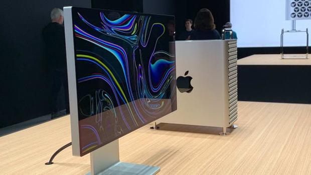 Mac Pro mới với cấu hình cao nhất có giá gần bằng chiếc xế Toyota Camry 2.5Q, chưa cần tính màn hình luôn - Ảnh 1.