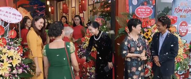 Hạt sạn to không đỡ nổi của Hoa Hồng Trên Ngực Trái chính là màn khai trương nhà hàng Nhật của Khuê - Ảnh 1.