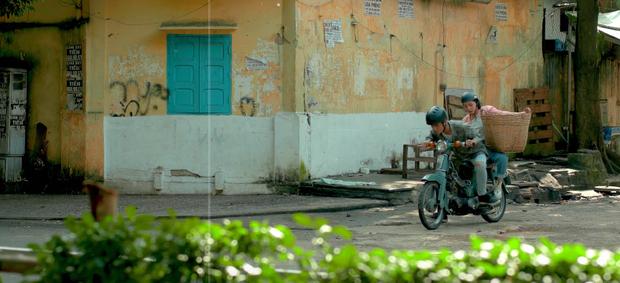 Trong 1 tối Vpop cho ra mắt loạt MV: Dương Hoàng Yến xuyên không, Suboi khoe bụng bầu, Quốc Thiên hát cover còn Đạt G... đi rao bánh mì  - Ảnh 23.