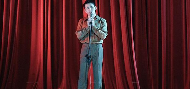 Trong 1 tối Vpop cho ra mắt loạt MV: Dương Hoàng Yến xuyên không, Suboi khoe bụng bầu, Quốc Thiên hát cover còn Đạt G... đi rao bánh mì  - Ảnh 7.