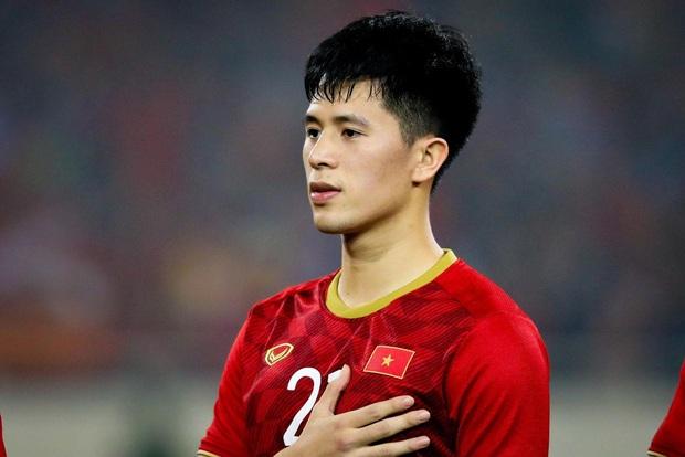 Thầy Park mang dàn cầu thủ U23 sang Hàn Quốc tập huấn: Nhan sắc như này thì cạnh tranh luôn với cả idol Kpop không? - Ảnh 2.