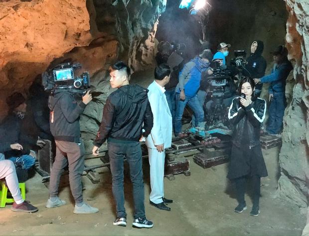 Mợ Hai Sáng Cao Thái Hà bị nghiệp quật phải sống trong hốc trong hang ở bom tấn mới nhà VTV - Ảnh 7.