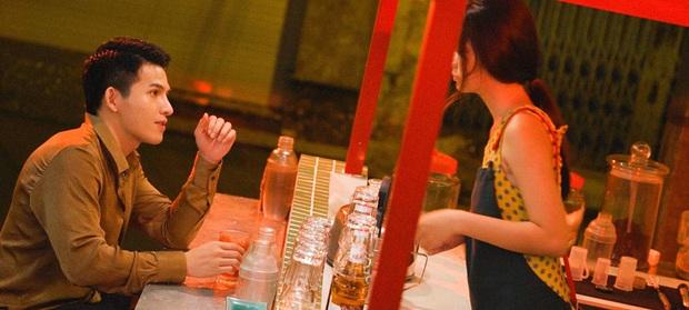 Trong 1 tối Vpop cho ra mắt loạt MV: Dương Hoàng Yến xuyên không, Suboi khoe bụng bầu, Quốc Thiên hát cover còn Đạt G... đi rao bánh mì - Ảnh 4.