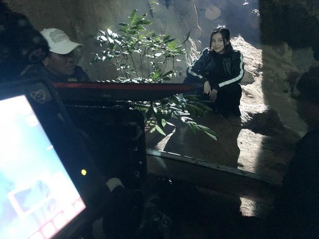 Mợ Hai Sáng Cao Thái Hà bị nghiệp quật phải sống trong hốc trong hang ở bom tấn mới nhà VTV - Ảnh 3.