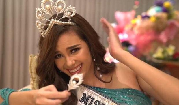 Các thánh soi phát hiện Hoa hậu Khánh Vân làm gãy vương miện chưa đầy 1 tuần sau đăng quang - Ảnh 4.
