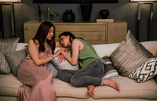 Review cực nóng Chị Chị Em Em: Loạt cảnh 18+ gây sốc không bị cắt dù là 1 giây, căng não với loạt twist giật gân được cài cắm - Ảnh 3.