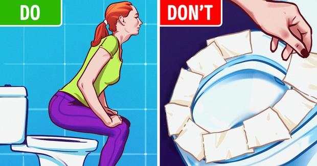 Lý do chúng ta nên bỏ ngay thói quen lót giấy khi đi toilet công cộng: Nó chẳng ý nghĩa gì đâu - Ảnh 4.