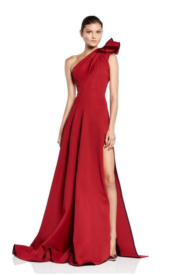 Yoona thay liền 2 bộ váy: Vừa kín đáo đã quay ngoắt sang lồng lộn đúng chuẩn nữ hoàng thảm đỏ khiến ai cũng trầm trồ - Ảnh 11.