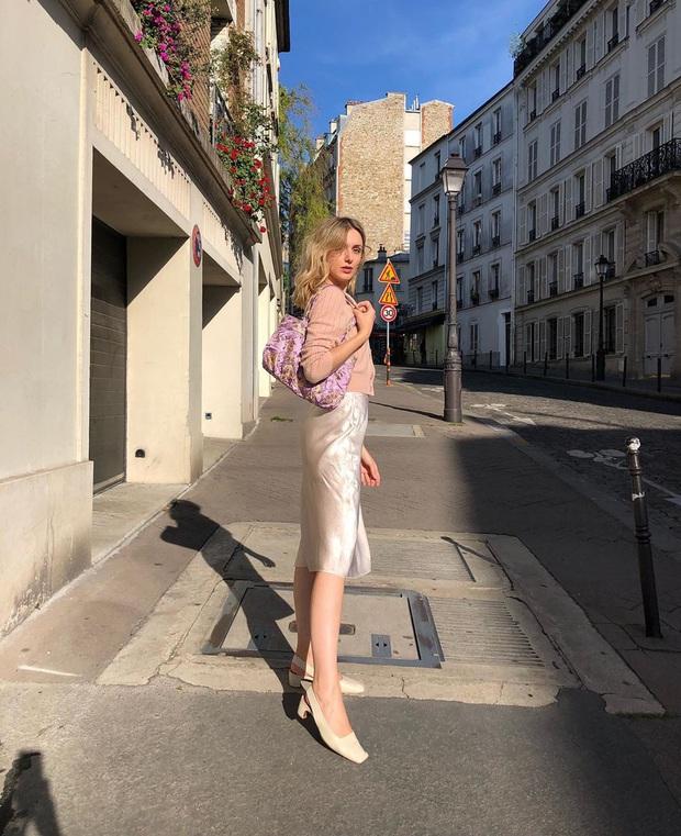 Phụ nữ Pháp diện chân váy theo 5 cách đẹp mê hồn, bạn phải học ngay đi kẻo kết thúc mùa Đông là tiếc nuối - Ảnh 14.