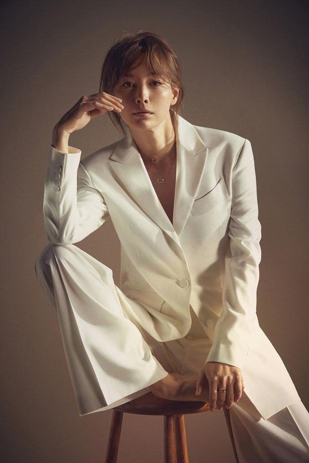 Đúng là chỉ 10 nữ thần huyền thoại này mới cân được thử thách 2 thập kỷ: Song Hye Kyo, mợ chảnh chưa phải đỉnh nhất? - Ảnh 32.