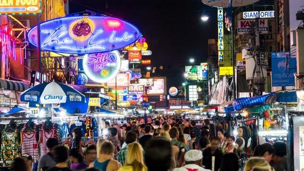 Dành cho hội nghiện đi Thái Lan: đường Silom, Khaosan và yaowarat ở Bangkok chuẩn bị thành phố đi bộ - Ảnh 4.