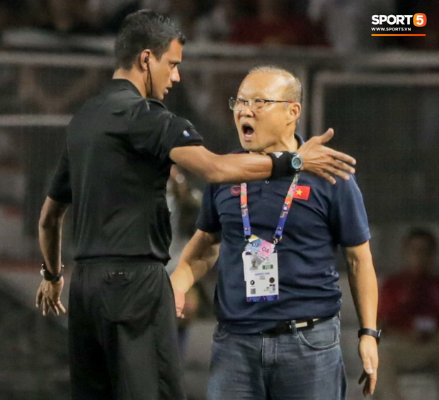 3 ngày sau khi phải nhận thẻ đỏ đầu tiên trong sự nghiệp, HLV Park Hang-seo thẳng thắn lên tiếng: Trọng tài giỏi sẽ không quyết định như thế - Ảnh 4.