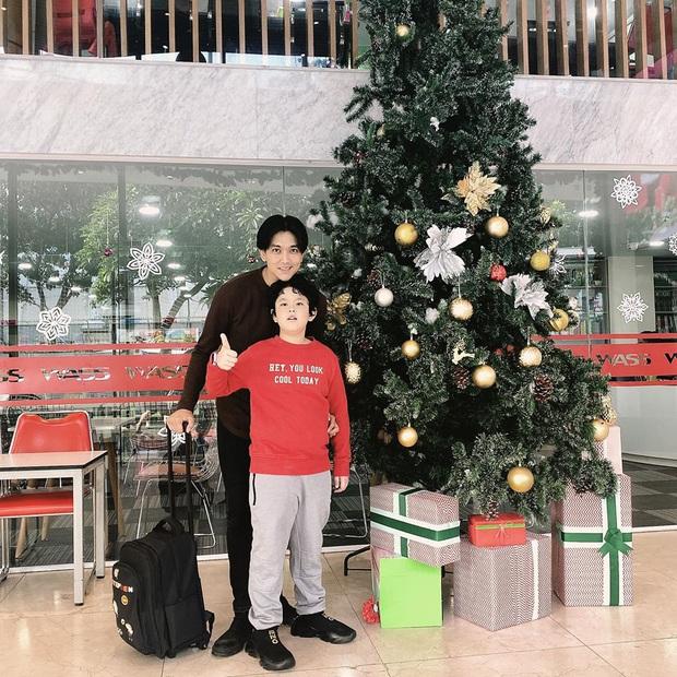 Con trai Tim - Trương Quỳnh Anh gây ngỡ ngàng với ngoại hình lớn khó tin, mới lên 8 đã cao ngang ngửa bố - Ảnh 2.