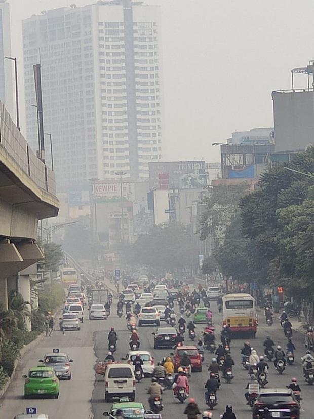 Không khí Hà Nội tiếp tục ở mức ô nhiễm nặng, rất có hại cho sức khỏe - Ảnh 6.