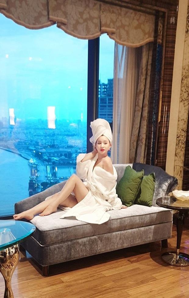 Hot girl Ivy Le 3 năm sau cuộc hôn nhân chóng vánh với Hồ Quang Hiếu: Xinh đẹp nóng bỏng, vướng tin đồn hẹn hò với Quang Lê - Ảnh 5.