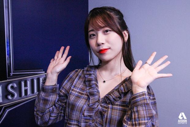 Ngắm trọn nhan sắc nữ MC Park Jee-sun - Người yêu Bang xạ thủ huyền thoại! - Ảnh 5.