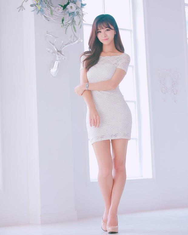 Say đắm với nhan sắc cô nàng thánh nữ MC Kim Su-hyeon của LCK - Ảnh 6.