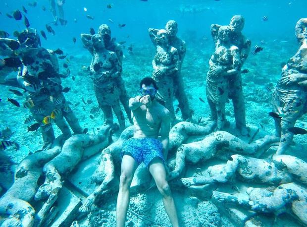 Lặn biển và kết bạn với… những pho tượng, trải nghiệm kỳ lạ chỉ có tại khu vườn điêu khắc dưới đáy đại dương ở Indonesia - Ảnh 11.