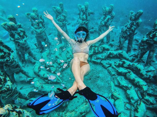 Lặn biển và kết bạn với… những pho tượng, trải nghiệm kỳ lạ chỉ có tại khu vườn điêu khắc dưới đáy đại dương ở Indonesia - Ảnh 10.