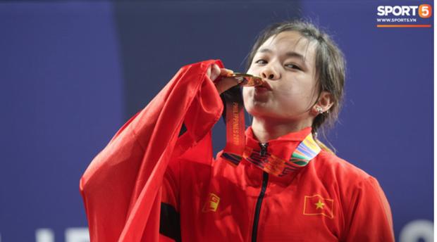 Top 10 khoảnh khắc ấn tượng nhất tại SEA Games 30 của Đoàn thể thao Việt Nam - Ảnh 9.