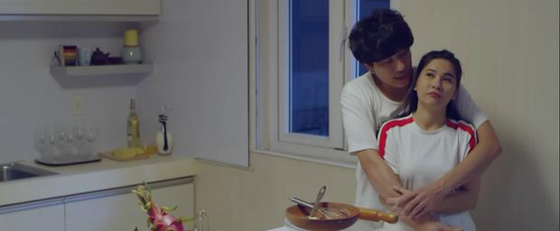Anh trai yêu quái Kiều Minh Tuấn bị hói già Tiến Luật cưỡng hôn ở parody MV gây sốt của chị Mỹ Tâm - Ảnh 3.
