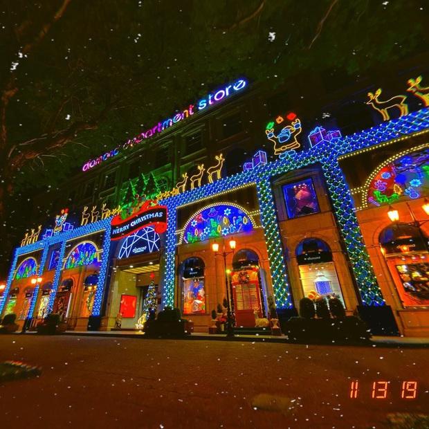5 trung tâm thương mại Sài Gòn được trang hoàng Giáng sinh siêu lộng lẫy, giới trẻ rủ nhau lên đồ check-in hốt hình Noel sớm - Ảnh 8.