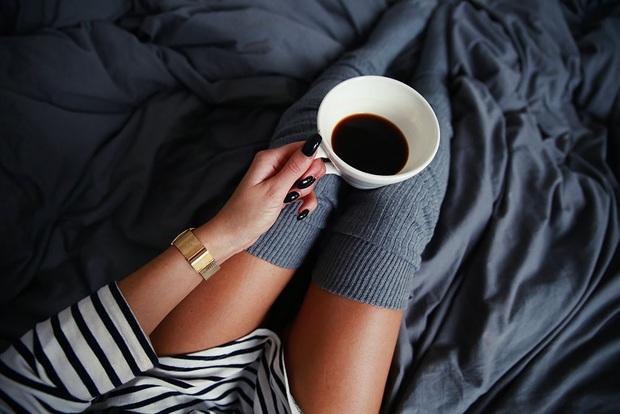 Nữ giới đừng làm một số việc trước khi đi ngủ vì nó có thể gây tổn hại tử cung, ảnh hưởng xấu tới sức khỏe - Ảnh 3.