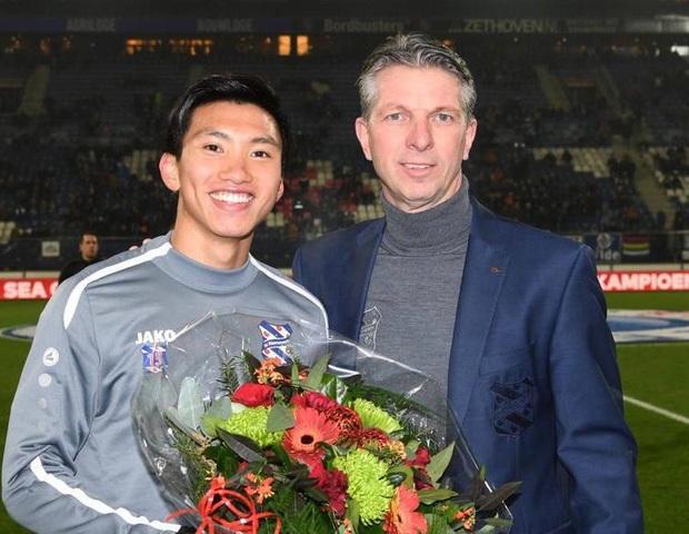 Lễ tôn vinh Văn Hậu: Đội bóng Hà Lan chiếu 2 bàn thắng của chàng trai Việt Nam ở chung kết SEA Games 30 cho khán giả theo dõi - Ảnh 2.