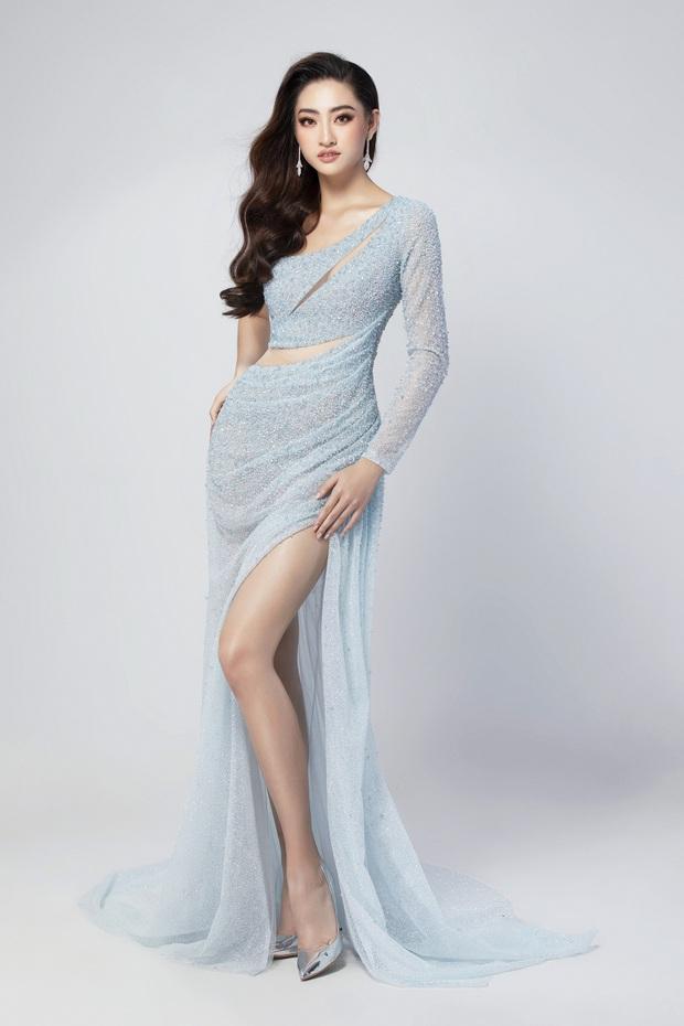 Lương Thùy Linh hé lộ trang phục dạ hội khoe đôi chân cực phẩm 1m22, đã sẵn sàng cho đêm chung kết Miss World tối nay - Ảnh 1.