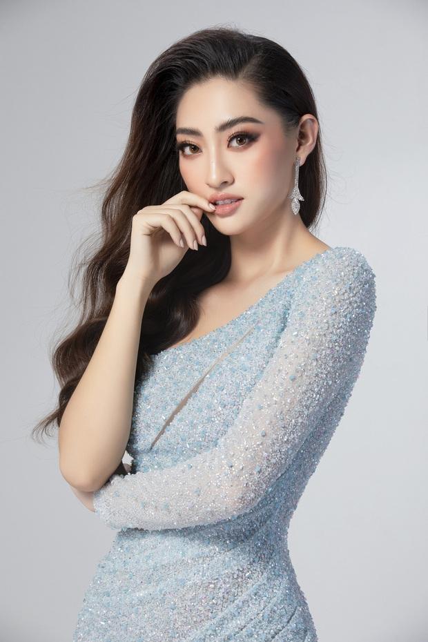 Lương Thùy Linh hé lộ trang phục dạ hội khoe đôi chân cực phẩm 1m22, đã sẵn sàng cho đêm chung kết Miss World tối nay - Ảnh 2.
