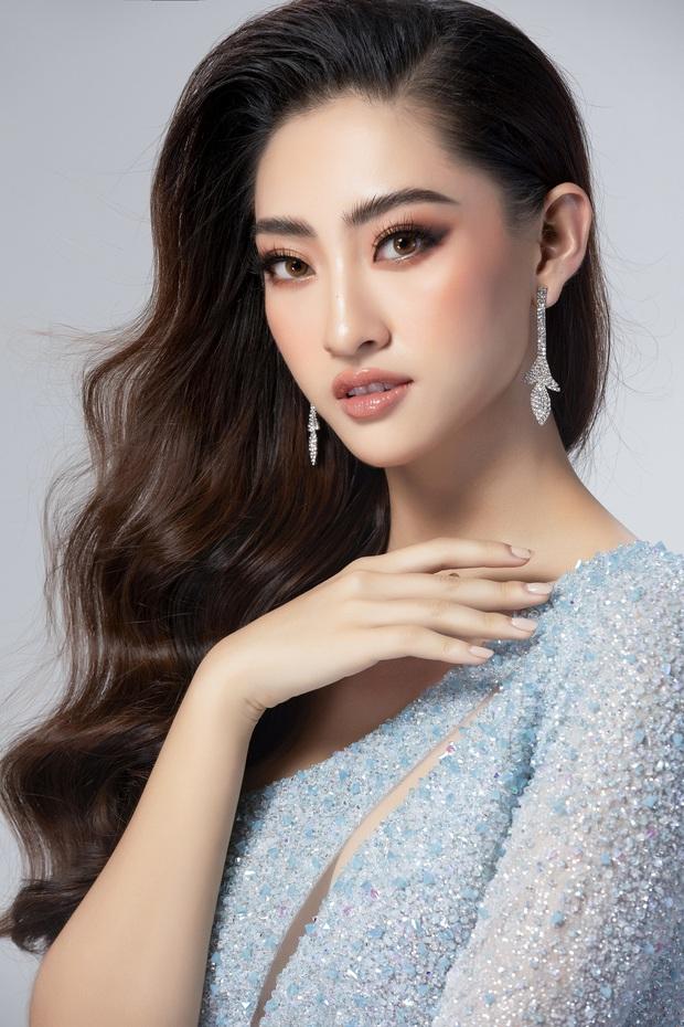 Lương Thùy Linh hé lộ trang phục dạ hội khoe đôi chân cực phẩm 1m22, đã sẵn sàng cho đêm chung kết Miss World tối nay - Ảnh 5.