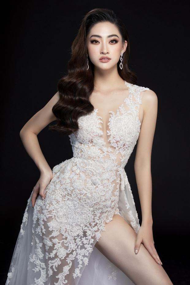 Lương Thùy Linh hé lộ trang phục dạ hội khoe đôi chân cực phẩm 1m22, đã sẵn sàng cho đêm chung kết Miss World tối nay - Ảnh 6.