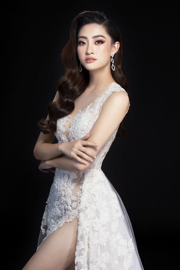 Lương Thùy Linh hé lộ trang phục dạ hội khoe đôi chân cực phẩm 1m22, đã sẵn sàng cho đêm chung kết Miss World tối nay - Ảnh 10.