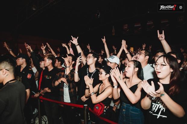 Bộ đôi rapper Rhymastic và Blacka mở màn đại nhạc hội BeckStage: Trình diễn Đây là Việt Nam, fan rap Việt chưa bao giờ tự hào đến thế! - Ảnh 8.