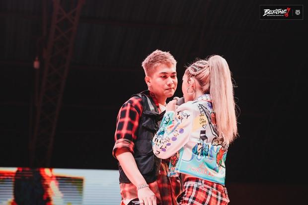 BigDaddy và Emily chuốc say người hâm mộ bằng loạt bản hit đình đám trên sân khấu BeckStage Unexpected Rap Fest! - Ảnh 4.