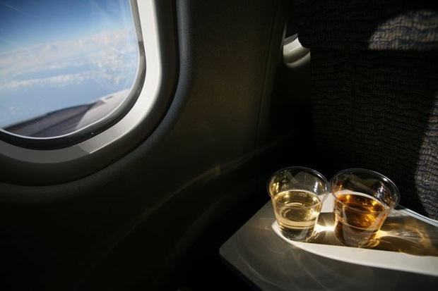 5 thứ hoàn toàn miễn phí mà du khách có thể xin thêm khi đi máy bay, nhưng không phải ai cũng biết cách để order - Ảnh 4.